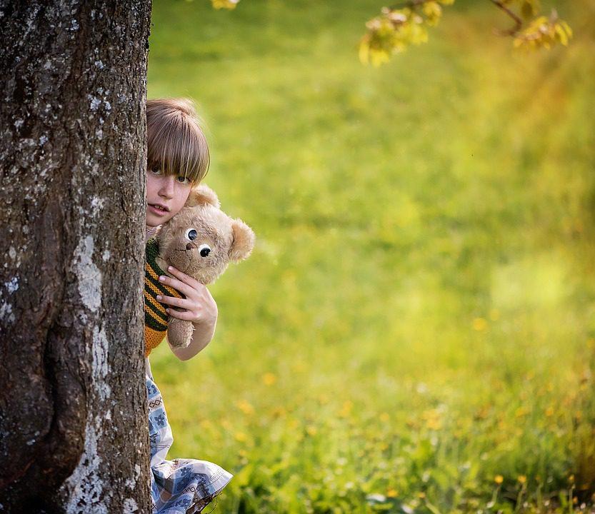 child-830725_960_720
